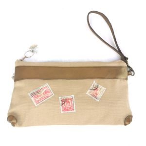 Pochette Maya beige-cuir doré-timbres