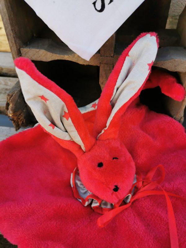 Duo doudou lapin rouge/taupe étoiles rouges