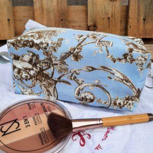 Trousse maquillage carrée-toile de jouy bleu/marron